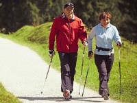 Walking a la Nordic raises efficiency of exercise by 40 percent. Credit: Leki