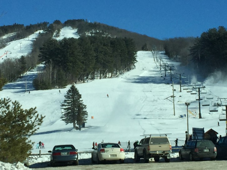 Cranmore is a super mountain for seniors: friendly, accessible, reasonable cost. Credit: SeniorsSkiing