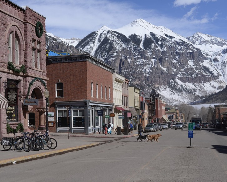 Nice town. Great mountain! It tops out at 13,320'.