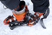 DeBooter: Easy-to-use ski boot jack.  Credit: OutDoor Logic Solutions