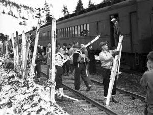 Skiers unloading in Grandview, circa 1946.