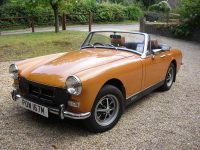 1970 YELLOW MG MIDGET (NOT MINE).